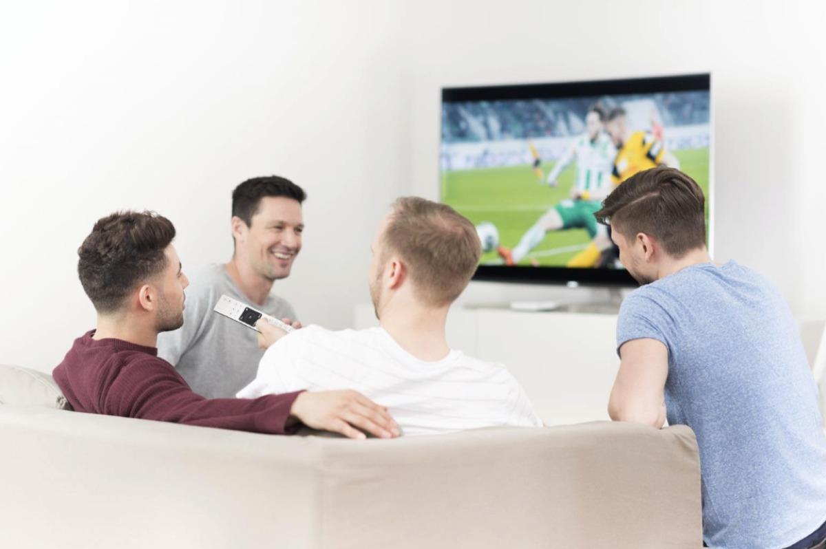 Swisscom lanciert neue TV-Box: Fussball-EM-Spiele auf «SRF zwei» erstmals in superscharfer Qualität