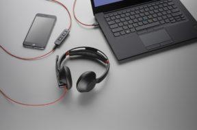 Neue Plantronics Blackwire-Headsets zur Kommunikation über PC und Smartphones