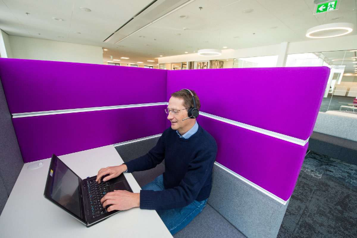 Lärmbelastung in Grossraumbüros nimmt gravierende Ausmasse an