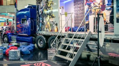 Transformers Optimus Prime Truck on the road again – Tourstart an der Fantasy Basel